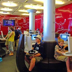 Интернет-кафе Каменоломен